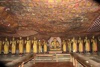スリランカ ダンブッラ ダンブッラ石窟寺院