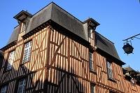 フランス ブルターニュ地方 レンヌ 木骨組みの民家