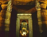 インド アジャンタ石窟群 第1窟