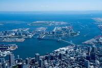 レインボーブリッジよりお台場、有明、東京湾