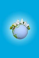太陽光発電のビルと地球