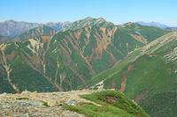 長野県 常念岳から大天井岳中央奥の山