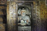 インド アジャンター石窟群 第2窟 本堂・仏陀像