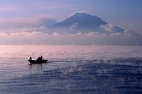 鹿児島県 けあらしの鹿児島湾と桜島