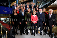 EU欧州議会が本会議 フォンデアライエン新体制を承認