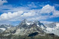 スイス リッフェルベルクより雪山
