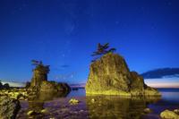 石川県 機具岩と天の川
