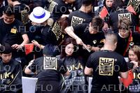 約1400人の美容師、一斉にカット 中国で世界記録挑戦