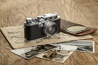 古いライカカメラと露光時間計算機