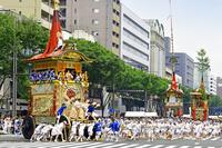 京都府 祇園祭 前祭 山鉾巡行 辻回しする菊水鉾