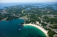 阿児町志島の海岸線より志摩町、英虞湾方面