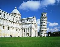 イタリア・ピサ ピサ大聖堂とピサの斜塔