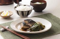九条葱と鯖の煮物