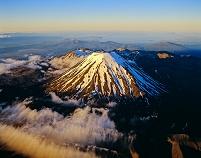 ニュージーランド ナウルホエ山