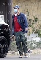 男性セレブのマスクファッション