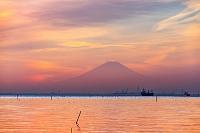 千葉県 木更津市 夕暮れの富士山