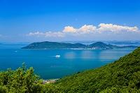 香川県 屋島から見た女木島