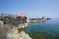 青森県 高野崎の岩場を結ぶ潮騒橋と渚橋