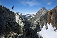 アメリカ合衆国 山歩きをするハイカー ハイキング