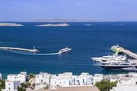 ギリシャ デロス島行きの船とデロス島