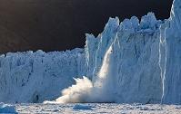 グリーンランド ディスコ湾 溶かす氷山