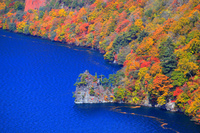 青森県  紅葉の十和田湖