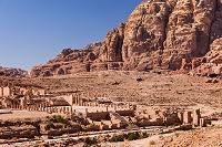 柱廊通り 大神殿 ペトラ ヨルダン