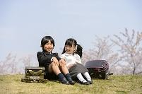 入学を迎える日本人の子供