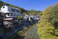愛知県 足助の町並み 足助川沿いの風景