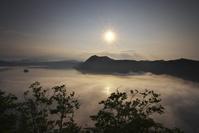北海道 摩周湖の日の出と雲海