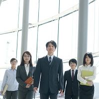 オフィスに並ぶのビジネスチーム
