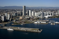 横浜港大さん橋国際客船ターミナルとみなとみらい地区