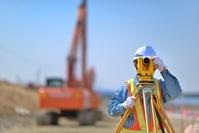 建設現場 現場監督 測量