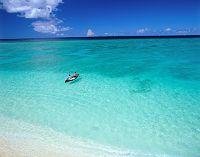 鹿児島県 与論島 ボートと海