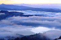 北海道 美幌峠より望む屈斜路湖の雲海