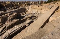 エジプト アスワン 未完のオベリスク