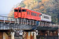 岡山県 津山線 鉄橋を渡るキハ47系快速ことぶき
