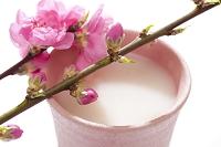 桃の花と甘酒