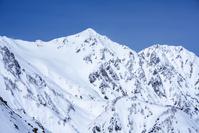 長野県 八方尾根からの雪の北アルプス、白馬鑓ヶ岳と杓子岳の山...