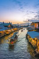 タイ  アムパワー水上マーケット