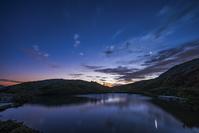 長野県 夜明けの八方池