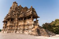 インド カジュラーホ寺院群 カンダリアマハデーヴァ寺院