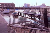 千葉県 船橋漁港 船揚場 日暮れ 鋤簾(じょれん)