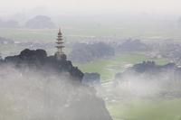 ベトナム ニンビン タムコック(ドン・ハン・ムアから撮影)
