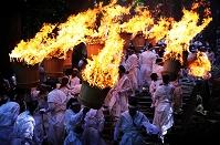 和歌山県 那智大社 那智の火祭り