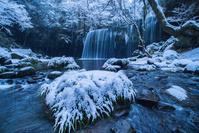 熊本県 冬の鍋ヶ滝