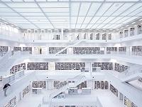 白色な図書館