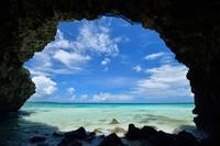沖縄県 宮古島市 宮古島 砂山ビーチの洞くつ