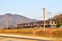 香川県 予讃線 121系普通電車(赤帯車)