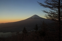 新道峠から見た富士山
